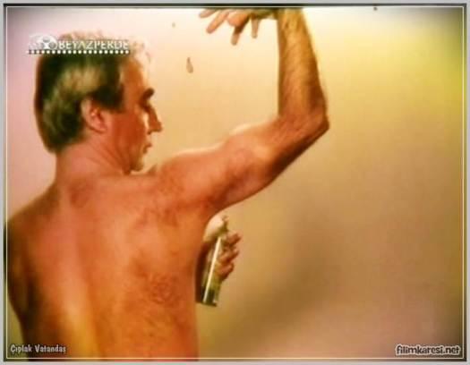 1985,Çıplak Vatandaş,Başar Sabuncu,Şener Şen,Nilgün Akçaoğlu,Candan Sabuncu,Pekcan Koşar,Melih Kibar,74 Dak.,Bilge Zobu,Türkiye,Türkçe,Yeşilçam,Nostalji,film Çıplak Vatandaş